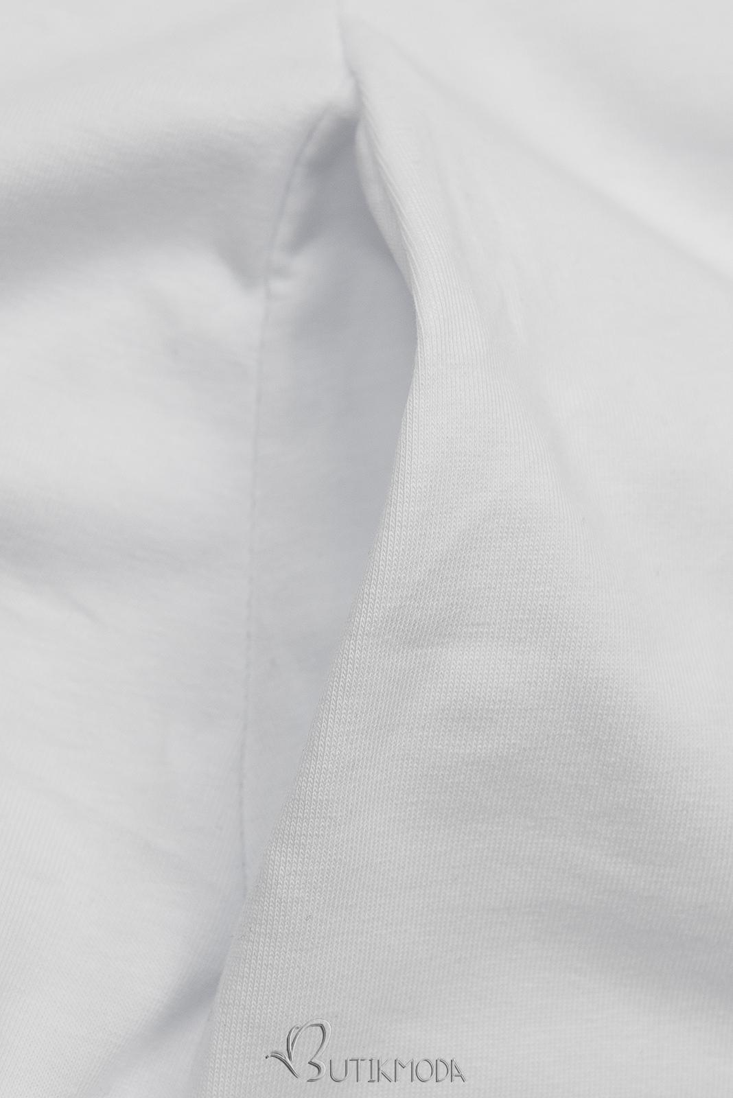 Fehér színű ruha tornacipő motívummal