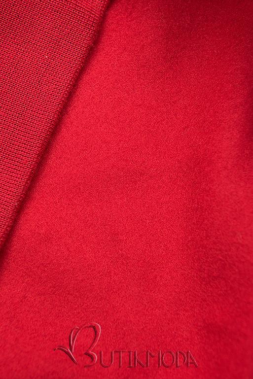 Piros színű melegítő szett rátéttel