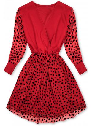 Piros színű ruha pöttyökkel
