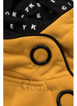 Sárga színű melegítő szett mintás kapucnival